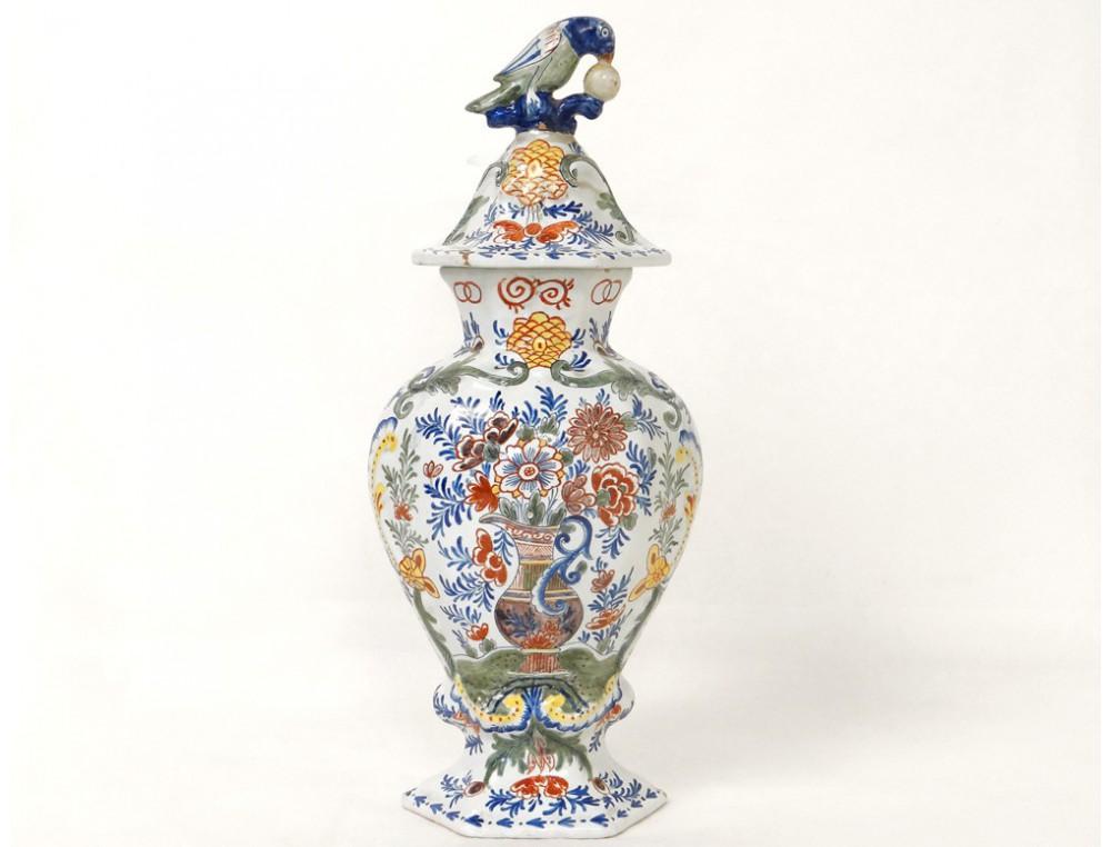 pot couvert vase potiche fa ence delft oiseau perroquet fleurs xix si cle. Black Bedroom Furniture Sets. Home Design Ideas