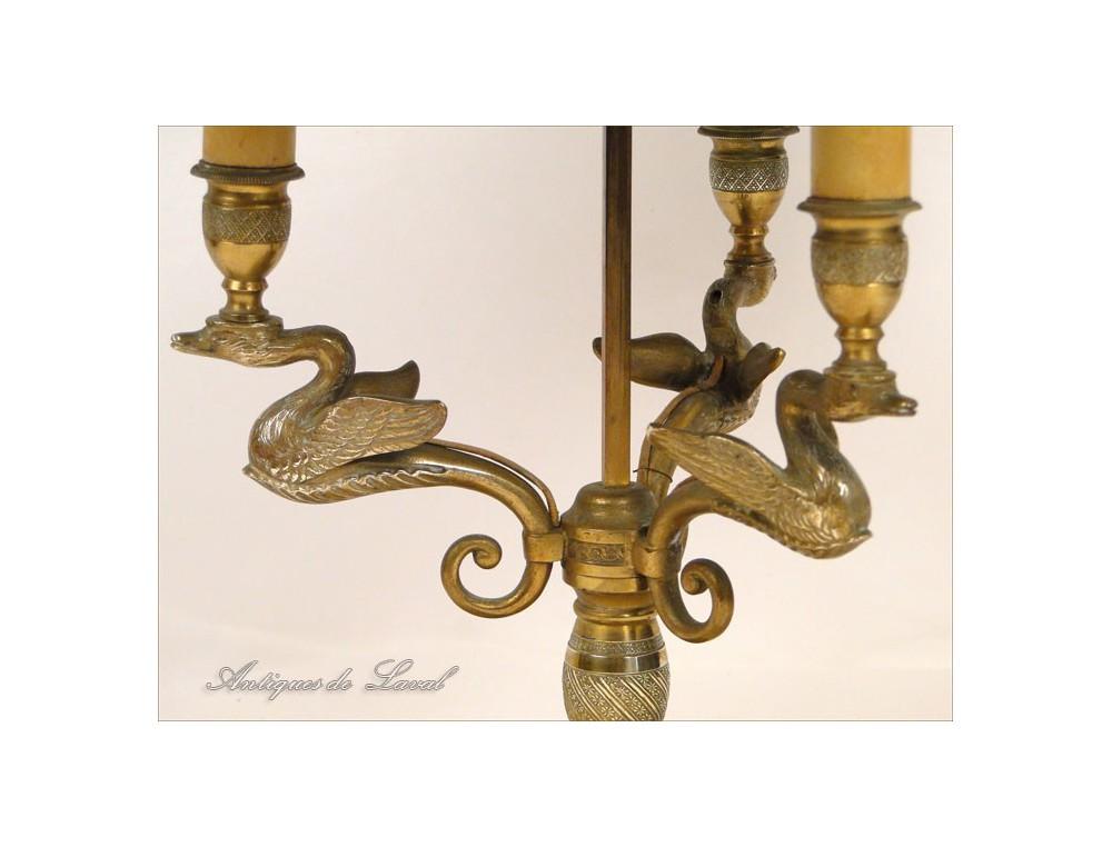 Lampe Bouillotte En Bronze Dore Col De Cygne Et Aigle Empire 19e
