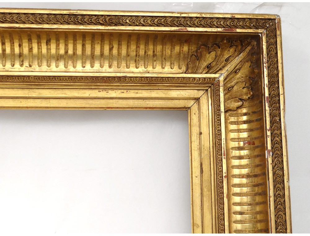 Wooden Frame Stuccoed Golden Acanthus Leaves French