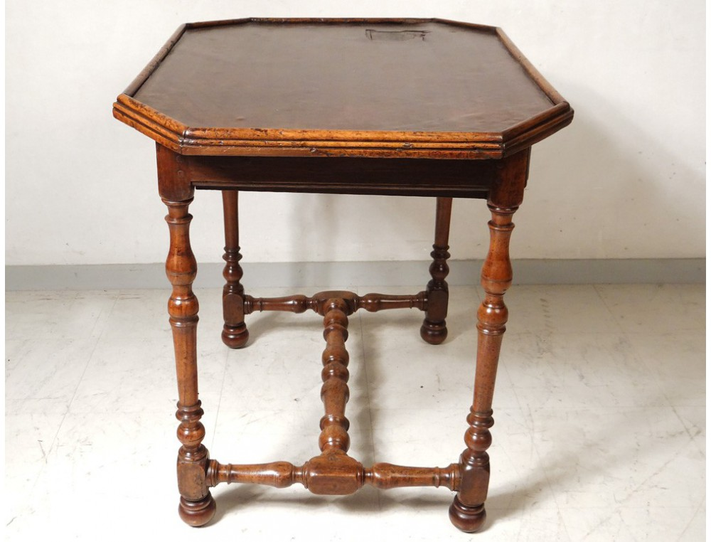 table louis xiii walnut desk leather foot french antique. Black Bedroom Furniture Sets. Home Design Ideas