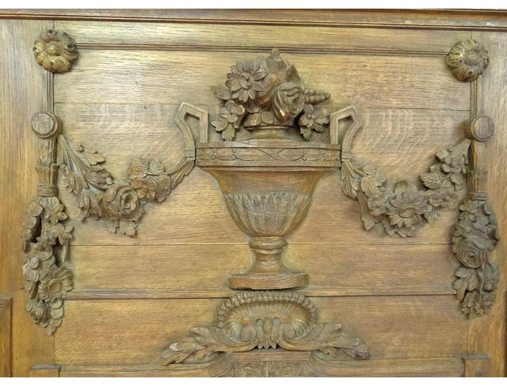 Pier louis xvi carved wood mirror musical instruments for Miroir louis 16