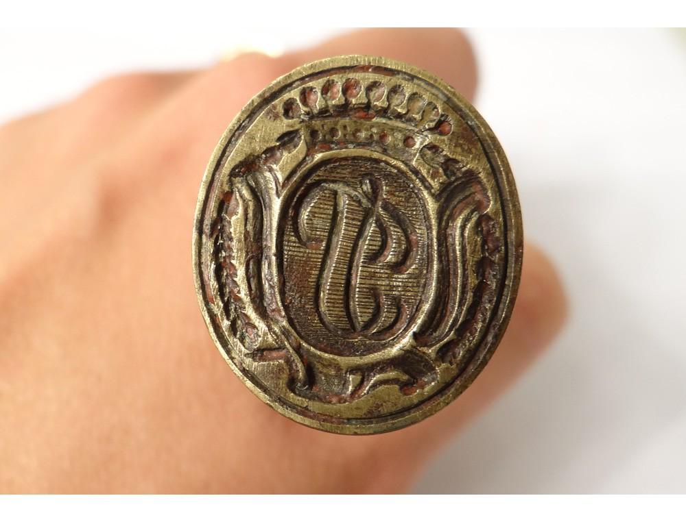 Bronze stamp seal coat crest crown earl eighteenth Monogram