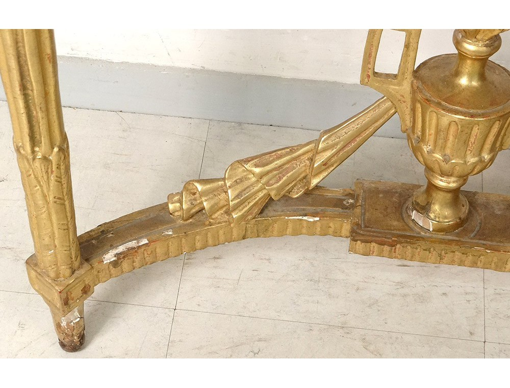 Console Louis XVI bois sculpté doré pot à feu marbre fleurs XVIIIème siècle