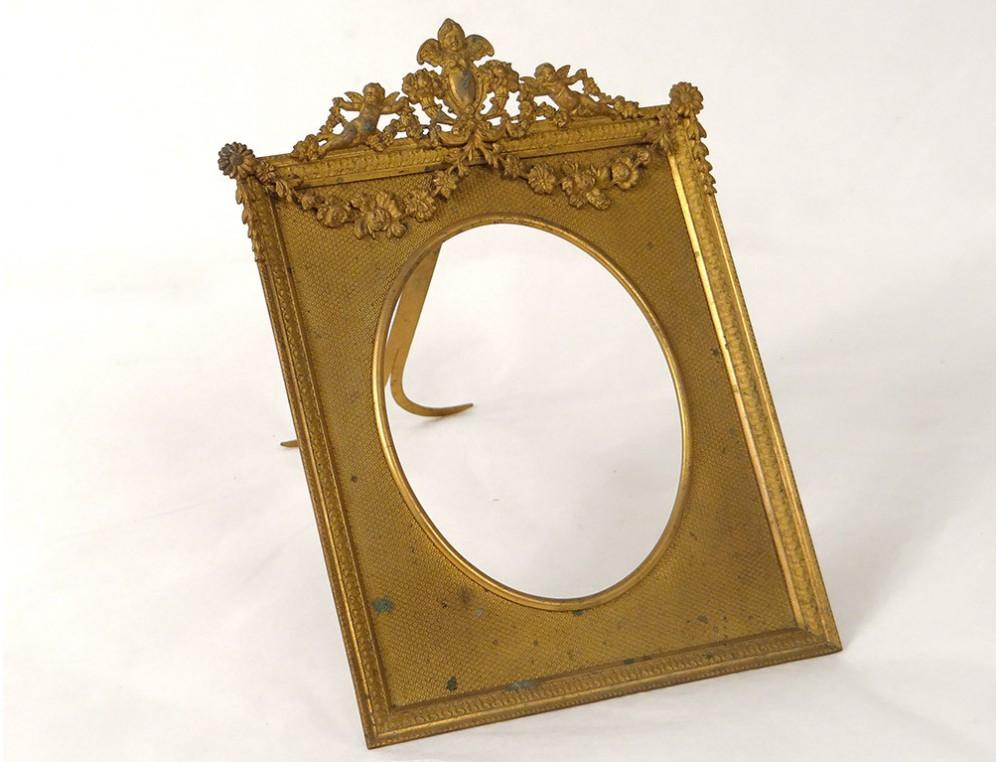 cadre renaissance bronze dor putti angelots guirlandes. Black Bedroom Furniture Sets. Home Design Ideas