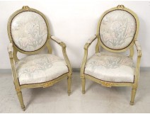 Louis XVI armchairs pair to Queen lacquered wood medallion back XVIII