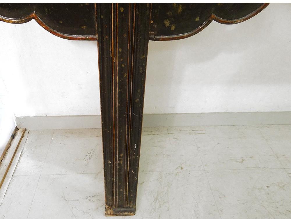 Grande console Chinoise bois sculpté laqué noir rouge volutes fleurs XIXè