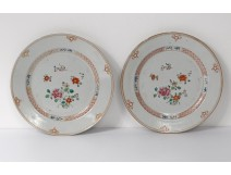 porcelain dishes pair Company India Eighteenth pink flowers family