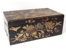 Box travel wood writing desk lacquered golden bird landscape pond Japan XIXth