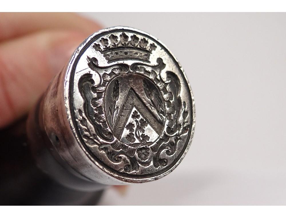 Seal Wood Metal Silver Crown Seal Shield Seal Coat Comtale