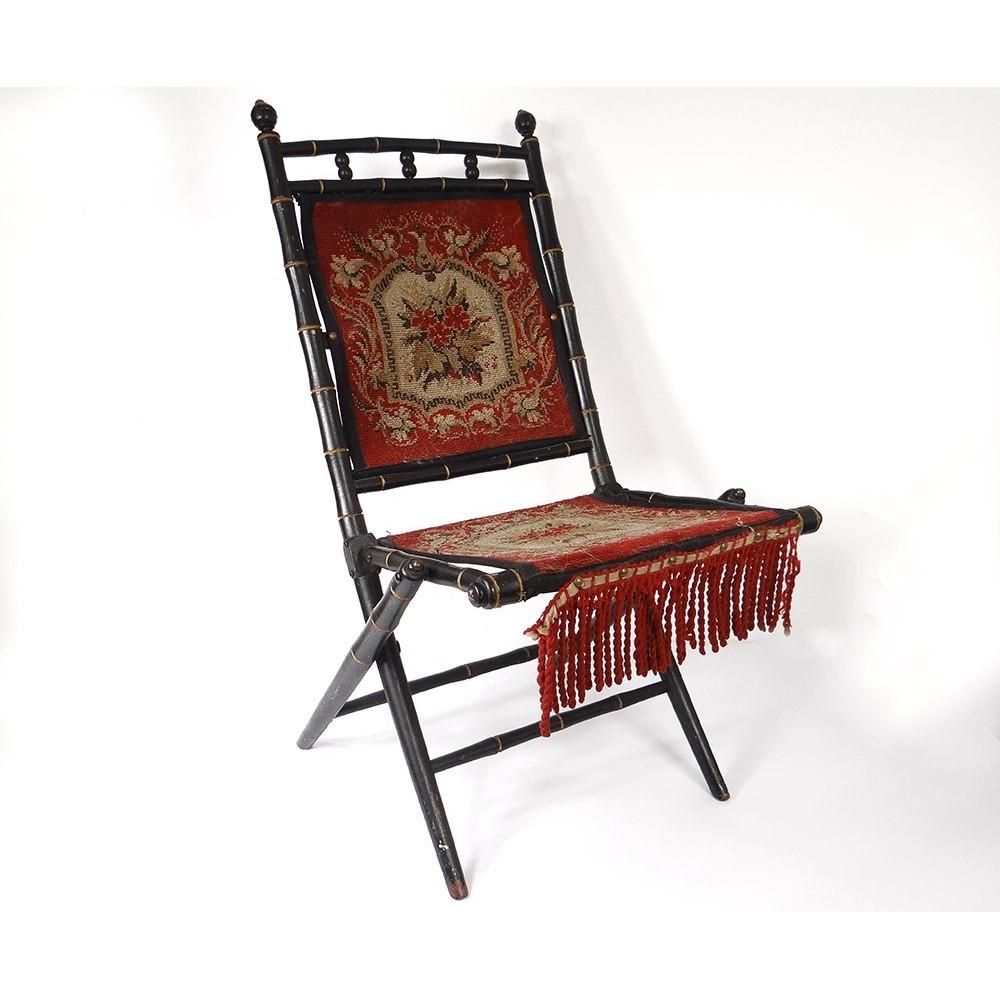 Chaise pliante bois noirci bambou tapisserie fleurs - Chaise en bois pliante ...